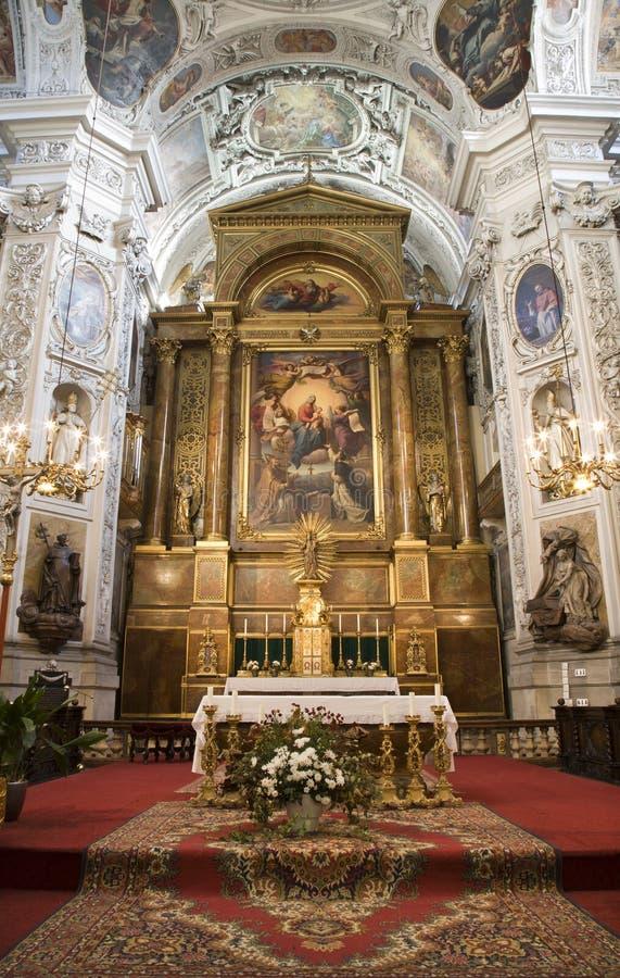Vienne - autel d'église dominicaine image libre de droits