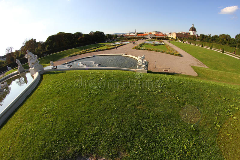 Vienne, Autriche - 28 août 2014 : Jardins de château de belvédère photographie stock libre de droits