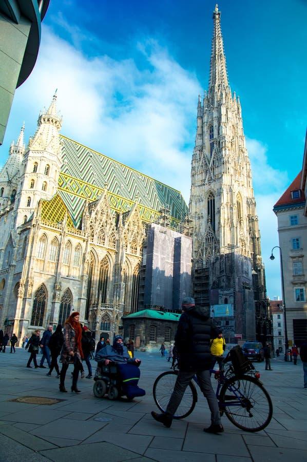 VIENNE, AUTRICHE 21 janvier : Cathédrale Stephansdom du ` s de St Stephan un jour ensoleillé image stock