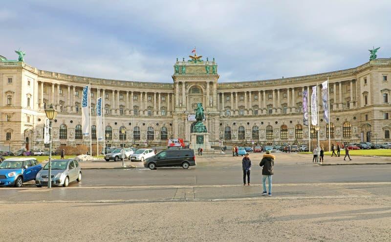 VIENNE, AUTRICHE - 9 JANVIER 2019 : le Hofburg est le palais impérial dans la place de Heldenplatz au centre de Vienne, Autriche images libres de droits