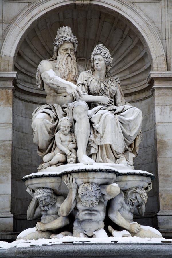 Vienne - fontaine par galery Albertina d'art image libre de droits