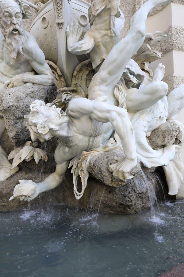 """Vienne : La fontaine """"zur de Macht voient """", Michaelerplatz photographie stock libre de droits"""