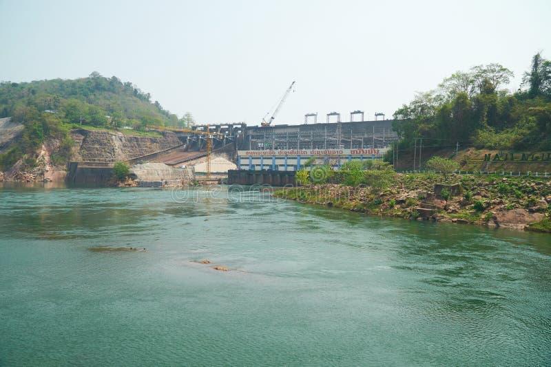 Vientiane landskap, Laos - April 08, 2019: Nam Ngum Hydropower Dam, den första största vattenkraften frambringar elektricitet i arkivbilder