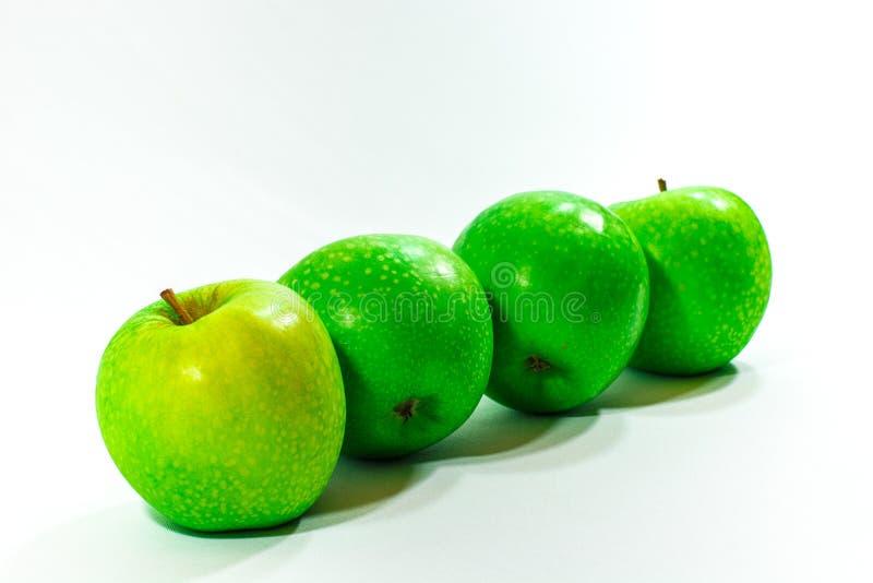 Vier groene appelen royalty-vrije stock foto's