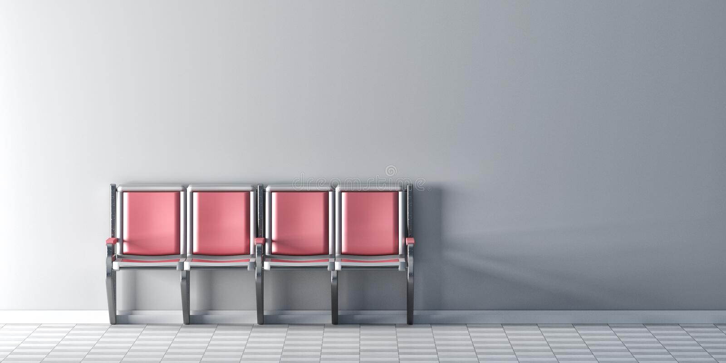 Vier rosa Stühle in der Reihe auf weißer Wand lizenzfreie abbildung