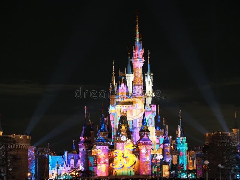 Vier! Tokyo Disneyland toont 2018 stock fotografie