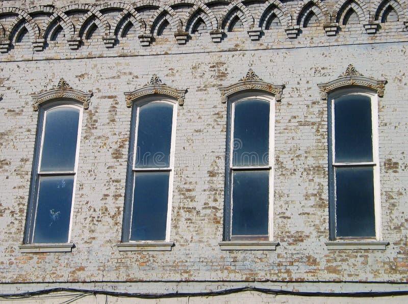Download Vier Windows stockbild. Bild von stadt, fenster, downtown - 27035