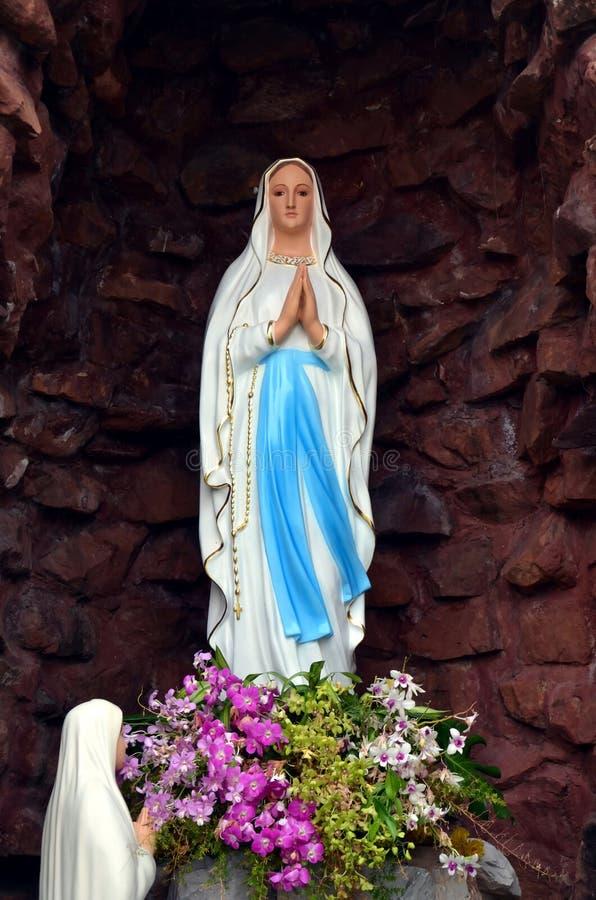 Grotte De Vierge Marie Photos Stock Téléchargez 115 Photos
