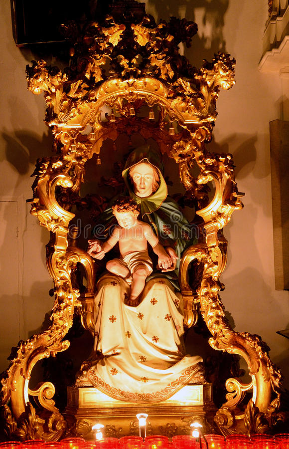 Vierge Marie et petit Jésus, Palmanova, Italie images stock