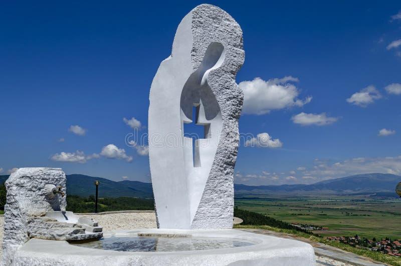 Vierge Marie monument règne dedans ville du Mali ou diplômé de Stari Mali photo libre de droits
