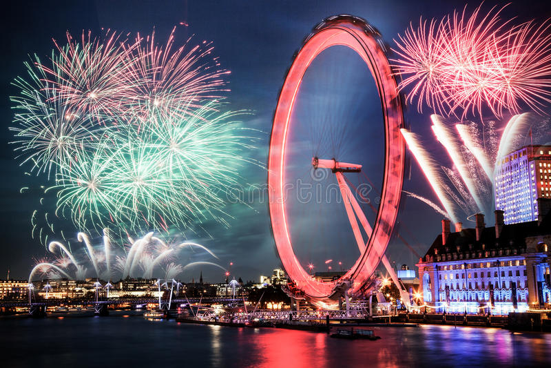 viering van het Nieuwjaar in Londen, het UK stock afbeeldingen