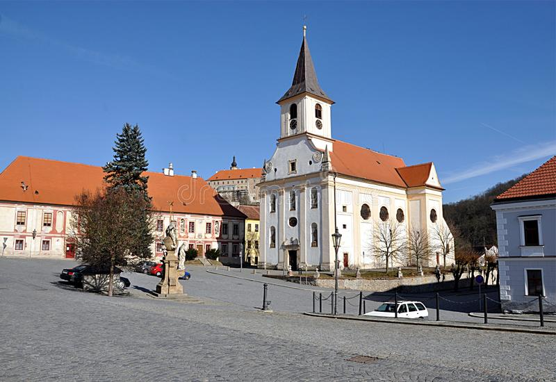 Vierkant en stadsnad Oslavou, Tsjechische republiek, Europa van Namest royalty-vrije stock foto
