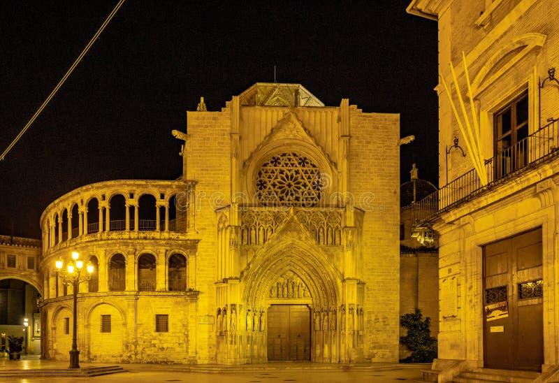Vierkant van de Maagdelijke Heilige Mary met Kathedraal, Valencia, Spanje royalty-vrije stock foto's