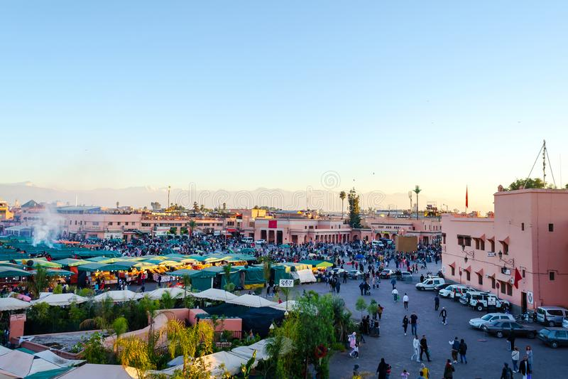 Vierkante Bazaar in Marrakech marokko reizen cultuur stock afbeelding