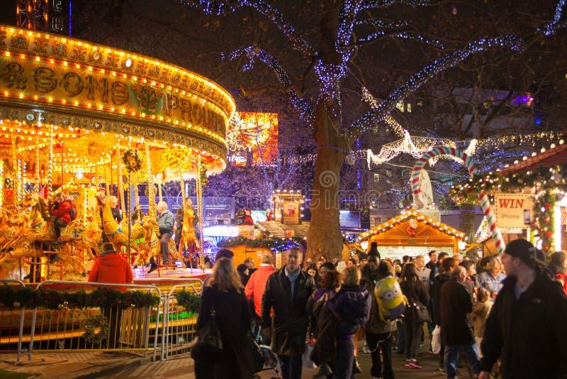 Vierkante traditionele de pretmarkt van Leicester, Londen stock foto's