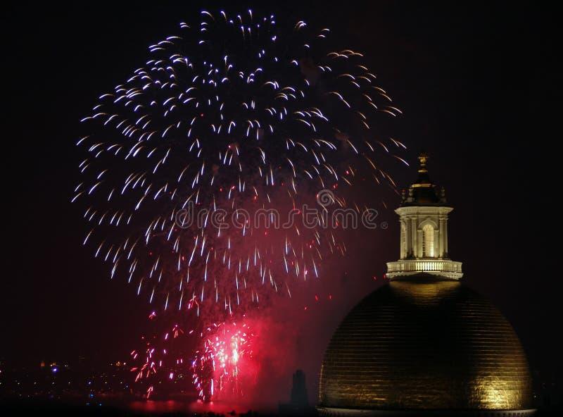 Viertel der Juli-Feuerwerke in Boston 2006 lizenzfreie stockfotos