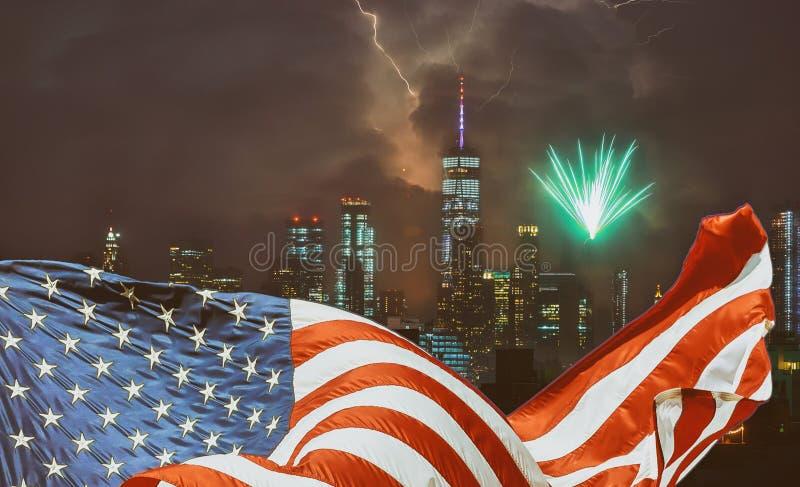 Viertel von Juli-Unabhängigkeitstag in patriotischer Flagge New York City Manhattan NYC lizenzfreie stockfotos
