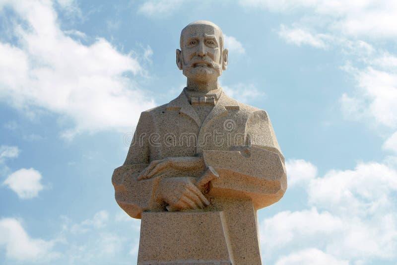Vietnã, Nha Trang - 11 de dezembro de 2019-Alexandre Emile Jean Yersin Monument no centro de Nha Trang foto de stock