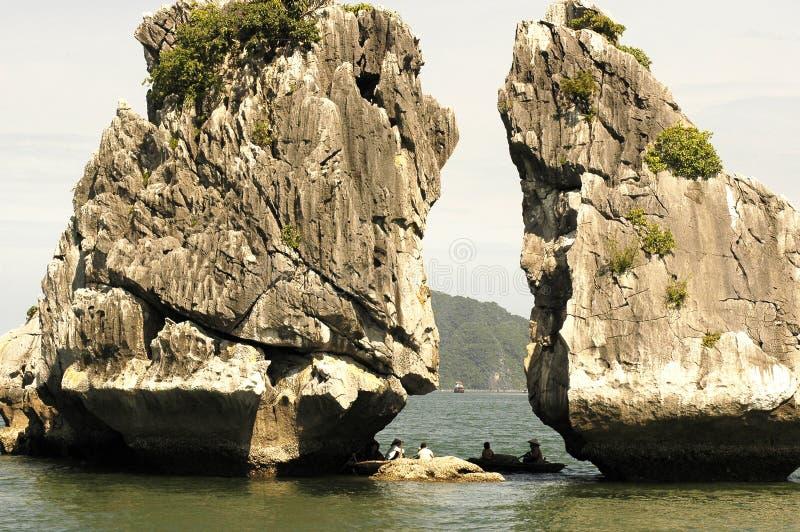 Vietnam, Baai Halong: landschap stock afbeeldingen