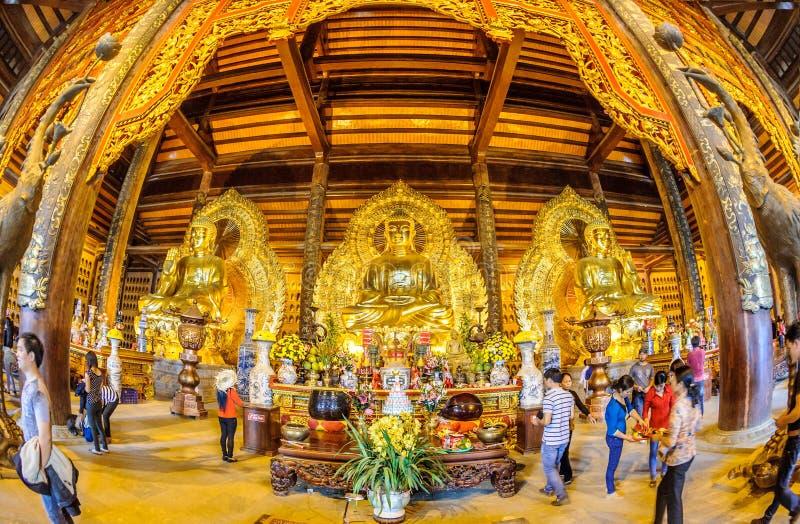 Vietnam Chua Bai Dinh Pagoda 4 stockbilder
