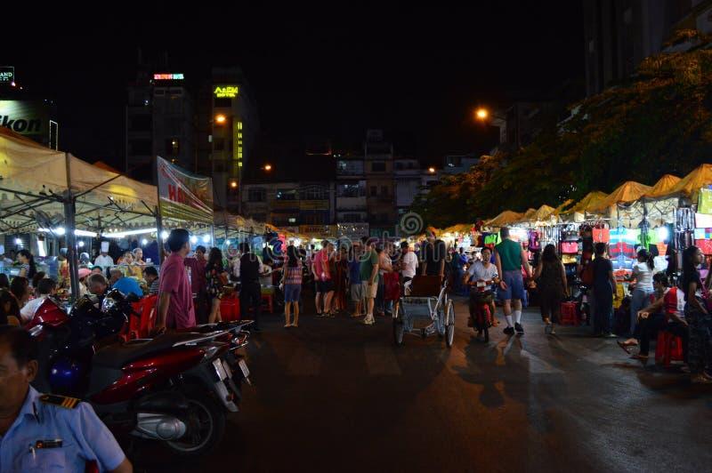 Vietnam - Ho chi Minh City - Ben Thanh Market yttersidastalls arkivbild