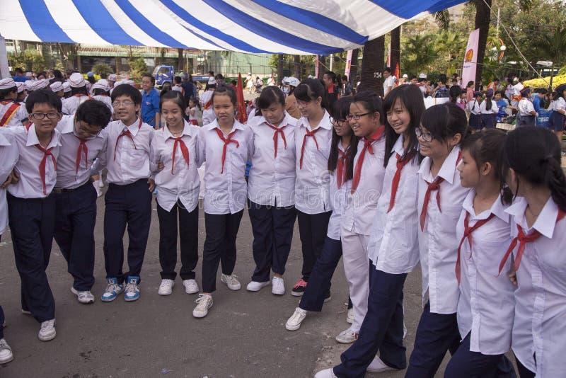 Vietnam studenter i Ho Chi Minh royaltyfria foton