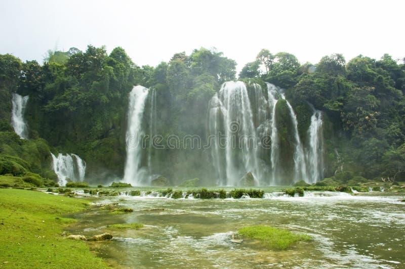 vietnam vattenfall arkivfoto
