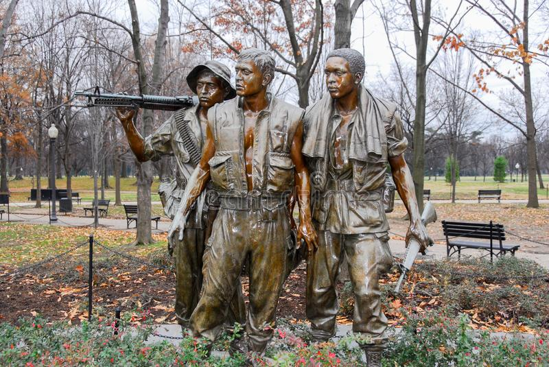 Vietnam Wall Three Men Soldier Statue stock images