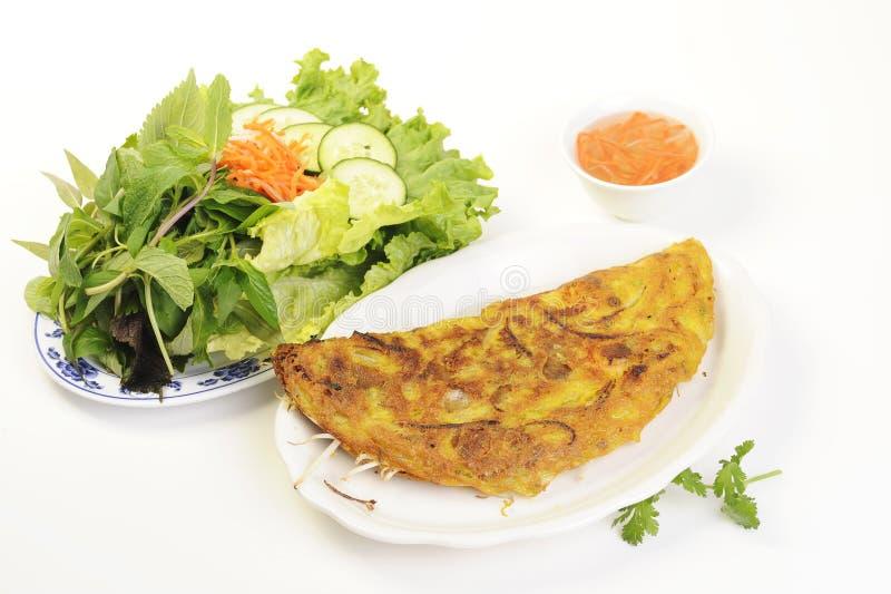 Vietnamees voedsel dat op wit wordt geïsoleerd? stock foto's