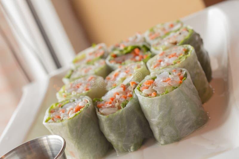Download Vietnamese De Lentebroodjes Stock Afbeelding - Afbeelding bestaande uit noedels, garnaal: 54092075