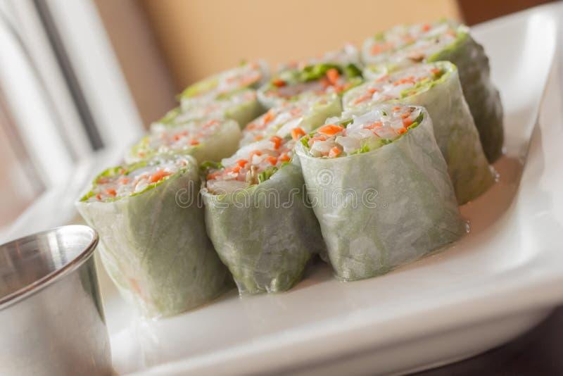 Download Vietnamese De Lentebroodjes Stock Afbeelding - Afbeelding bestaande uit cooking, rijst: 54092315