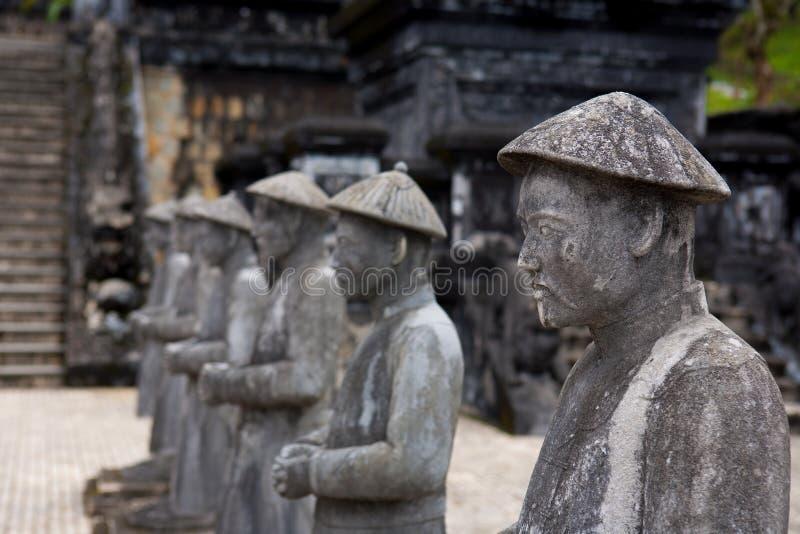 Vietnamese Militairenstandbeelden in Khai Dinh royalty-vrije stock fotografie