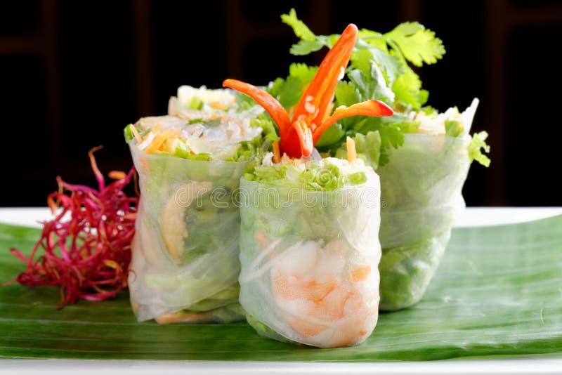 Vietnamese saladebroodjes met garnalen stock afbeelding