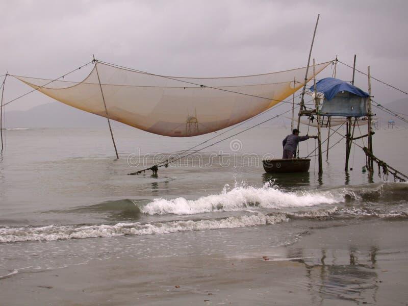 Vietnamesischer Fischer stockfoto