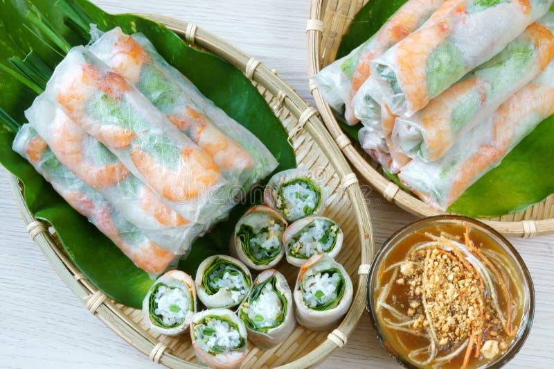 Vietnamesisches Lebensmittel, goi Cuon, Salatrolle lizenzfreies stockfoto