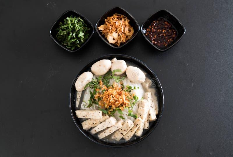 Download Vietnamesiska Nudlar (phoen) Arkivfoto - Bild av lunch, lök: 106832270