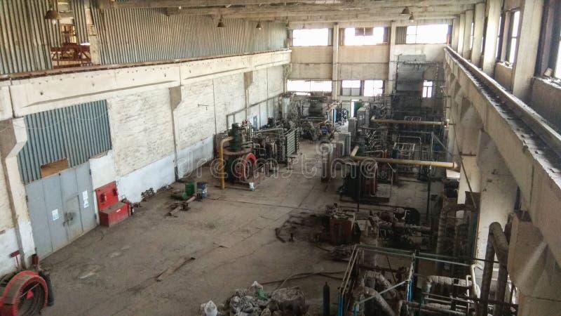 Vieux bâtiment d'usine, vieille lampe photos stock