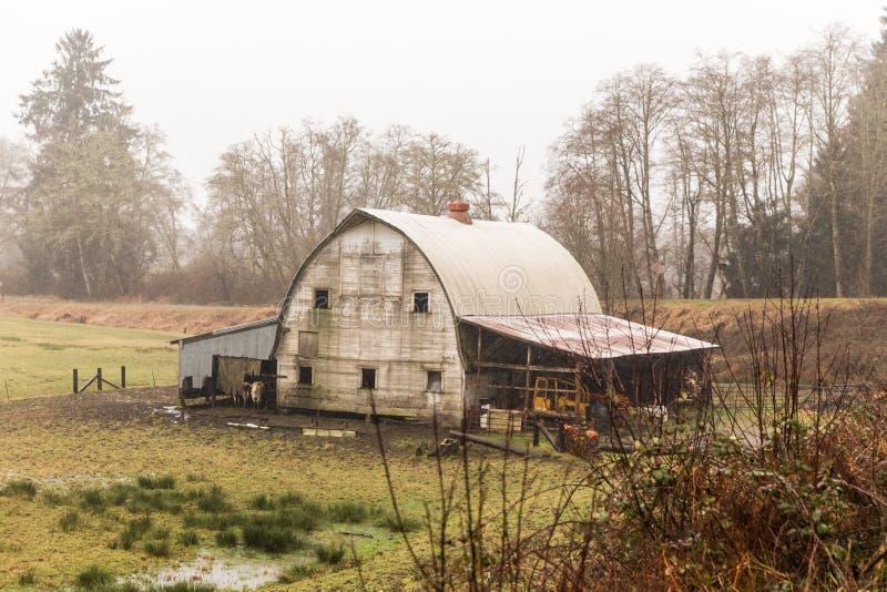 Vieux bâtiment de grange en Orégon photos stock