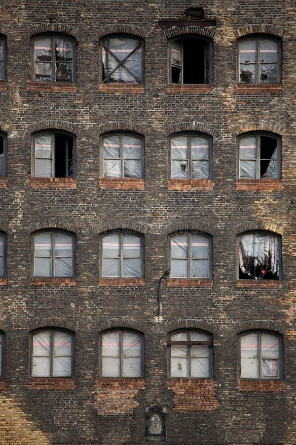Vieux bâtiment industriel à Danzig images stock