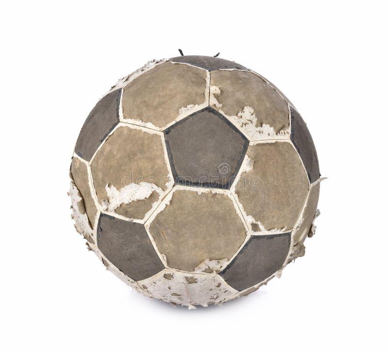 Vieux ballon de football sur le fond blanc image stock
