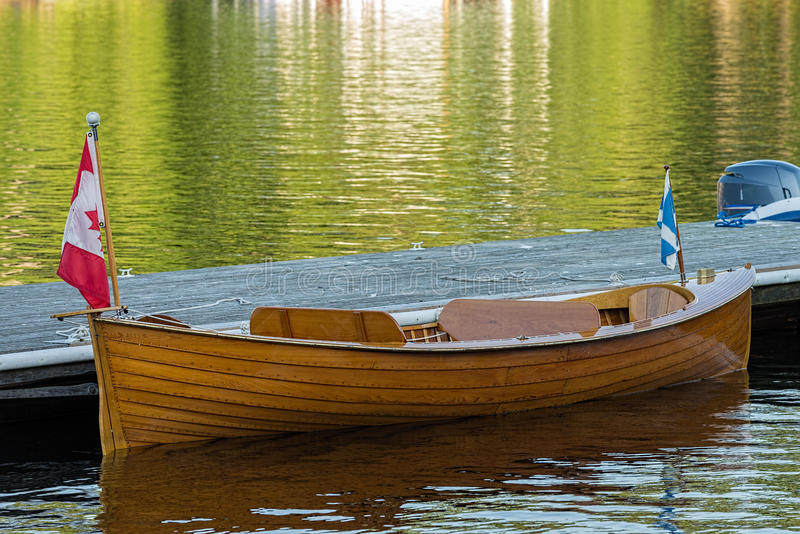 Vieux bateau en bois photographie stock libre de droits