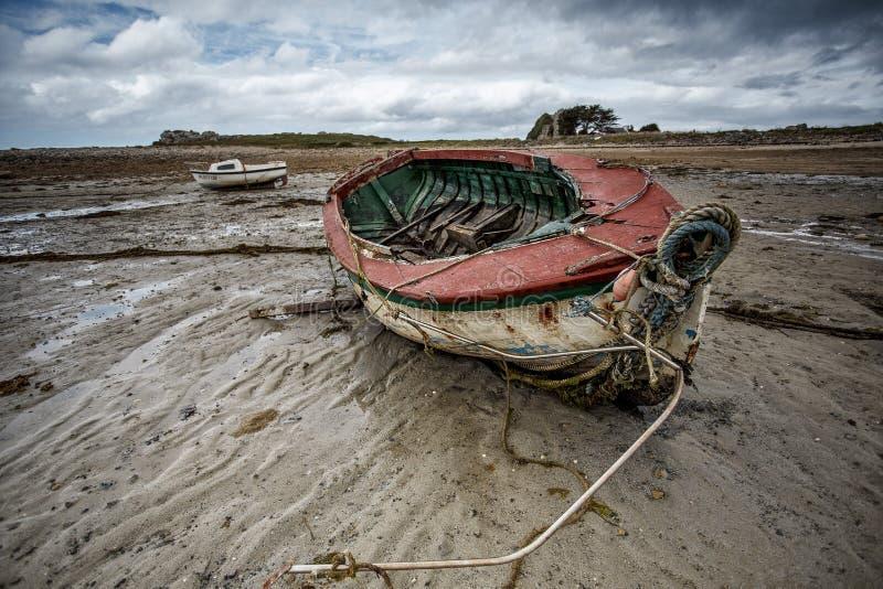 Vieux bateaux en Brittany France photos libres de droits