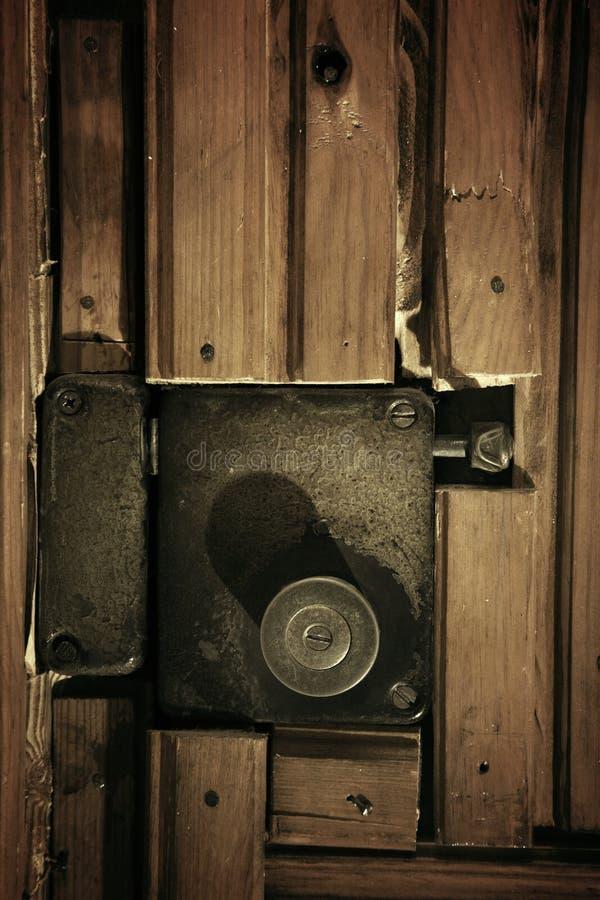 vieux blocage de trappe photo stock image du entr e. Black Bedroom Furniture Sets. Home Design Ideas