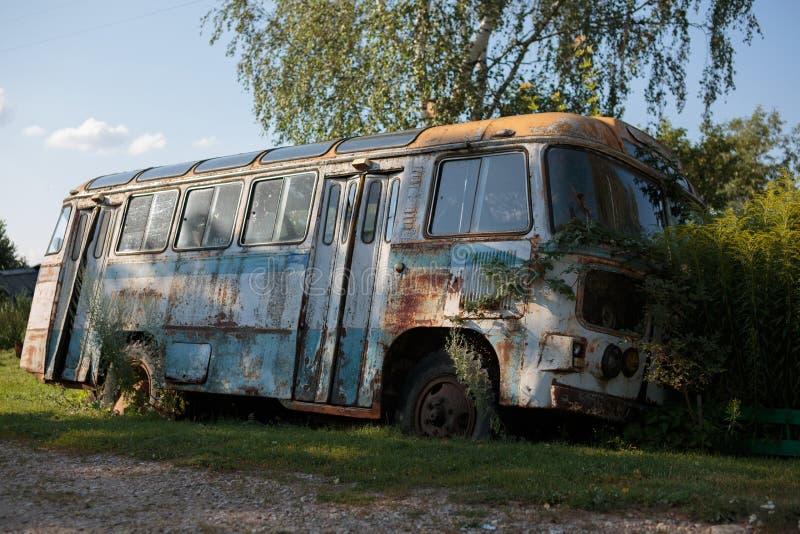 Vieux bus photographie stock