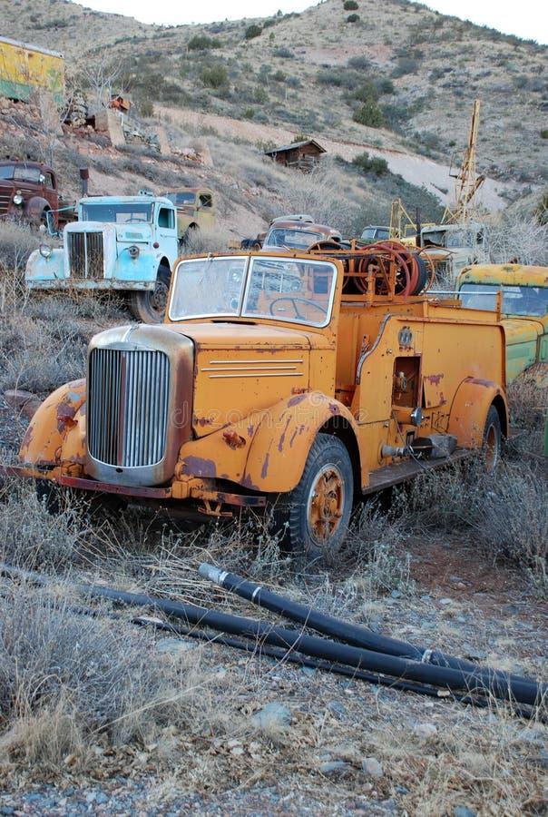 Vieux camion de pompiers image stock
