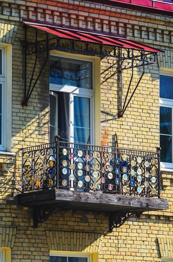 Vieux Cd - décoration étrange de la barrière de balcon image libre de droits