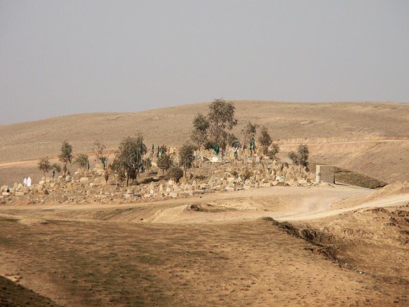 Vieux cementary dans nulle part dans le nord de l'Irak photos libres de droits