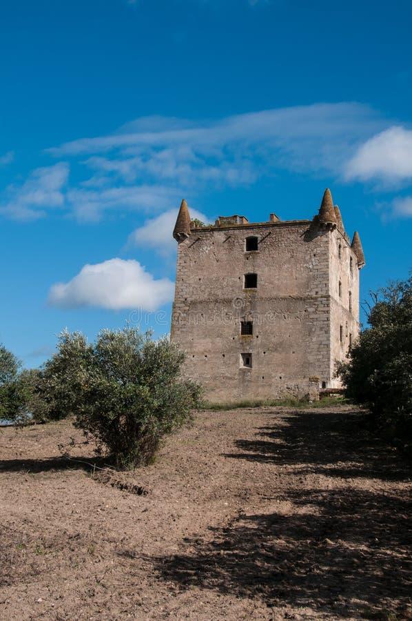 Vieux château abandonné photographie stock libre de droits