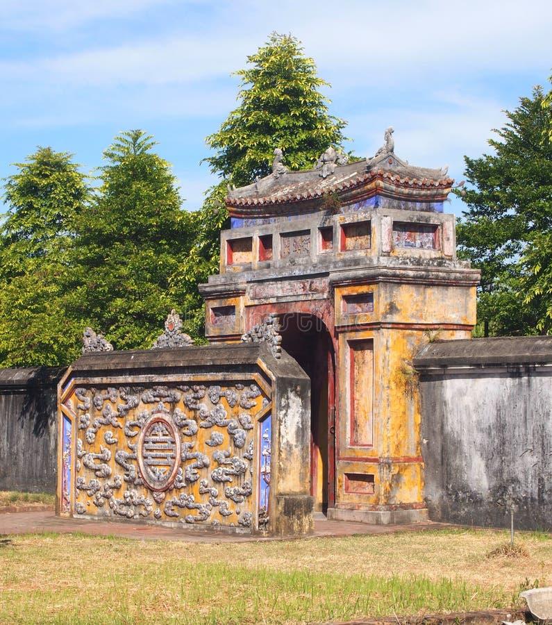 Vieux château de ville impériale en Hue Vietnam images stock
