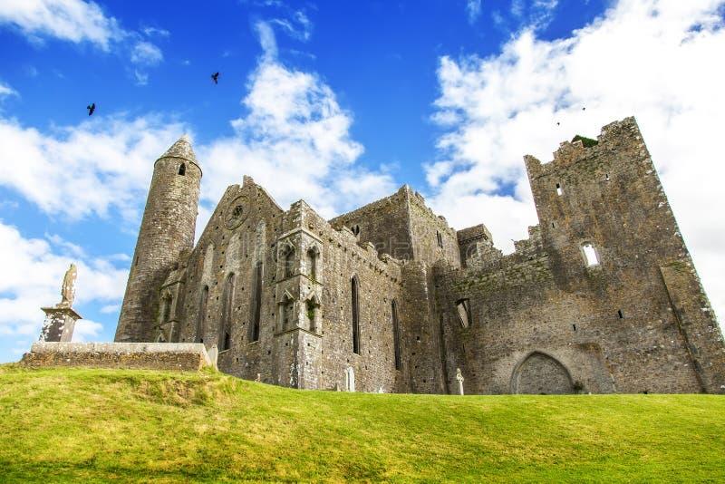 Vieux château irlandais, roche de Cashel photo stock